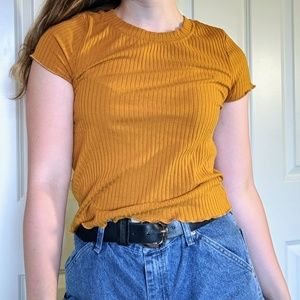 Tops - ✨4 FOR $15✨ Mustard yellow top